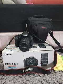 Camera LSR CANON EOS 600D Very Good condition