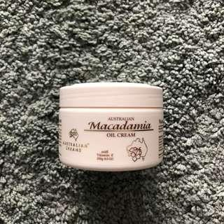 Australian Macadamia Oil Cream with Vitamin E