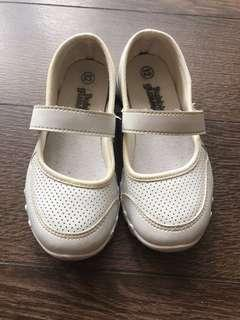 White School Shoes Size 19.0