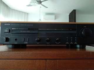 Denon integrated amplifier PMA-320