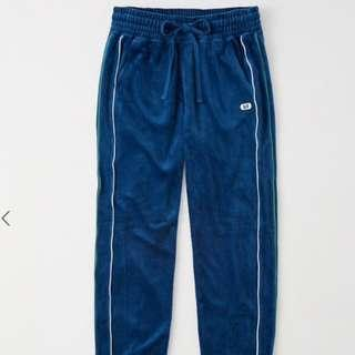 Abercrombie & Fitch (A&F) VELOUR JOGGERS