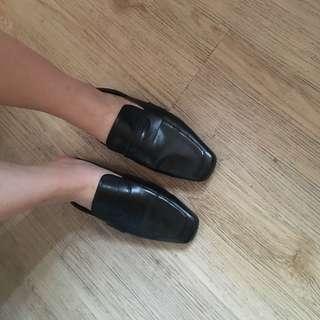 🚚 轉賣 RC韓國代購 純色方頭穆勒鞋 黑色