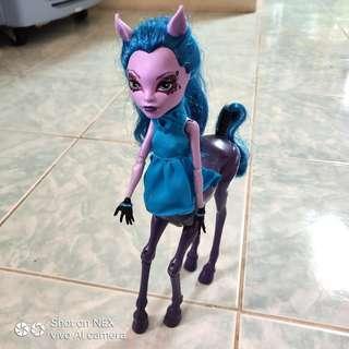 Avea Trotter Monster High Doll