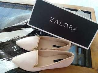 Zalora flat shoes new