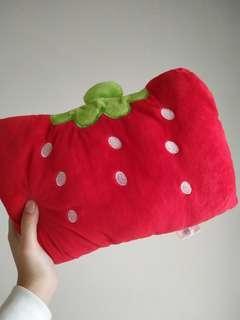 可愛草莓手枕🍓🍓🍓