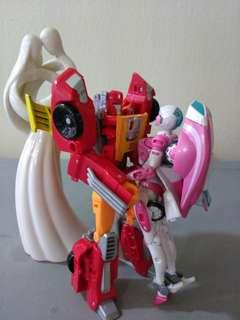 Trsnsformers titans return lovebirds hot rod and arcee