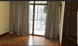 Curtain Cleaning   Removal & Installation