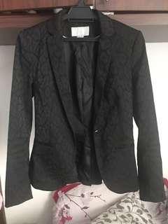 H&M Blazer black EUR 34 with subtle leopard print #onlinesale