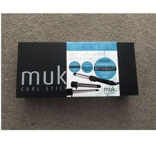 Muk Curl Styler Stick with 3 Interchangeable Barrels & Heat Proof Glove
