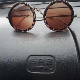 Round Sunglasses - Kacamata Bulat