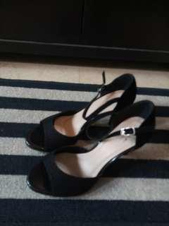 High Heels D&C (Size 4 or 35)