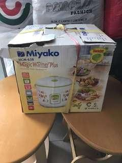 Rice cooker Miyako 1.8 liter LIKE NEW