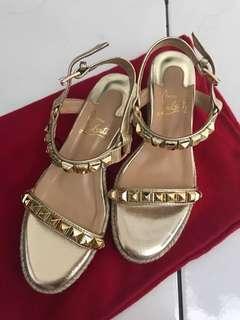 Louboutin cataclou gold size 37