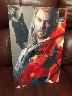 HotToys Avengers: Age Of Ultron - Thor