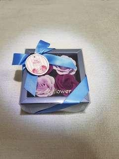 Kelee flower soap