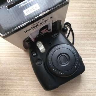 REPRICED INSTAX MINI 8 (Black) with free instant film