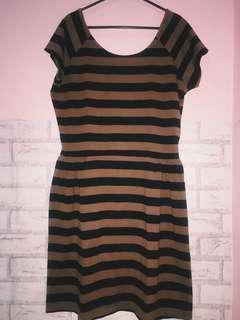 dress wanita cotton on garis warna coklat hitam lucu banget😍