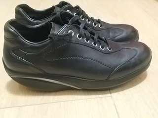 MBT 真皮健康鞋