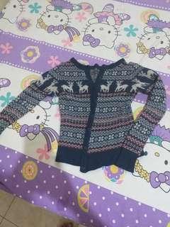 Sweater tebal lucu