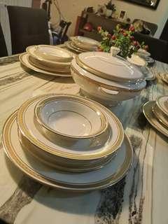 Crown lynn DINNER SET WHITE GOLD (GOLD PLATED 24K)
