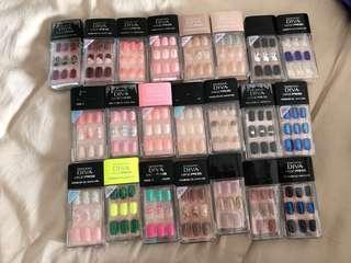 Dashing Diva Adhesive Nails