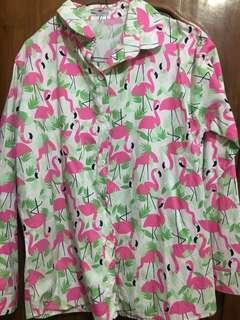 Kemeja motif flaminggo
