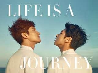 TVXQ PHOTOBOOK LIVE IS A JOURNEY