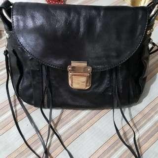 Authentic Rebecca Minkoff leather Crossbody bag in Blacko