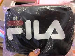 🚚 FILA側背包