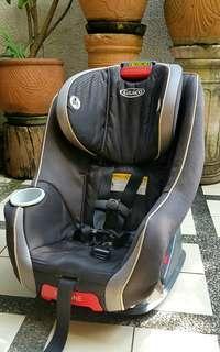 GRACO Birth To Preschooler Carseat + FREE Backseat Mirror