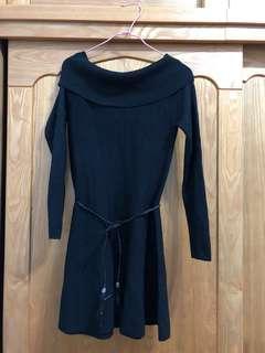 全新黑色一字領洋裝