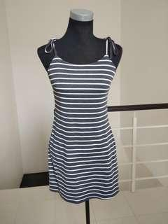 Brand new stripes tied dress #CNY888