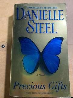 Precious Gifts by Danielle Steel (pocketbook size)