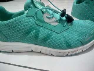 Maruchi Women (Sepatu Running Nineten Jogging 910)