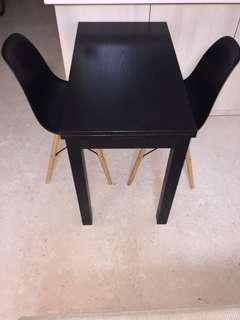 Dining Table extendible