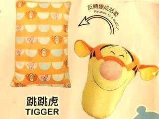 Disney Cushion Collection - Tigger plush toy cushion 跳跳虎公仔反轉變成豆袋咕𠱸