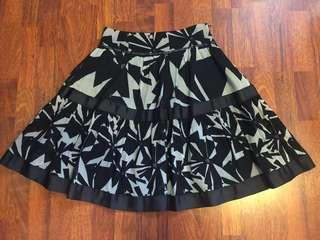 Zara black and white graphics skirt