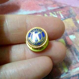 Kiwanis International Lapel Pin Vintage