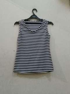 Stripes Black and White Sleevesless Top