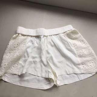 Cotton On off - white summer shorts