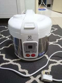 Clearance! Electrolux 10 in 1 Smart Rice Cooker
