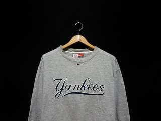Sweater sweatshirt crewneck nike x yankees grey