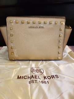 MK Small Sling Bag