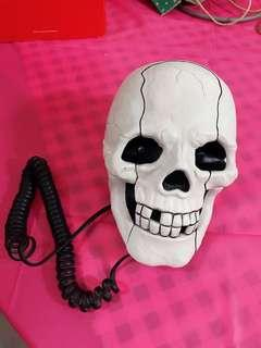 Exotic collectible Skull Phone set!
