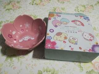 [割價] 7-11 Cinnamoroll玉桂狗 •花雨•花語• 花形陶瓷碗
