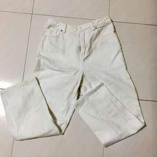 the editor's market white pants