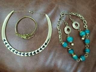 Vintage necklace 2 sets