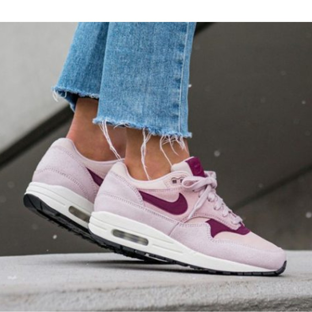 2f0ea1b3ab13 Authentic Nike Air Max 1 Barely Rose