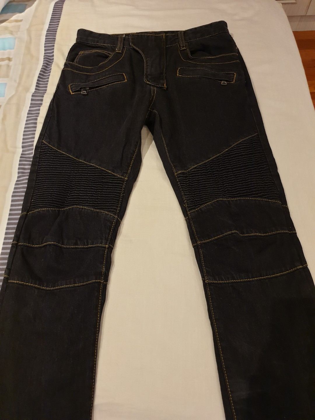 ac1a92fe Authentic Balmain Jeans, Men's Fashion, Clothes, Bottoms on Carousell