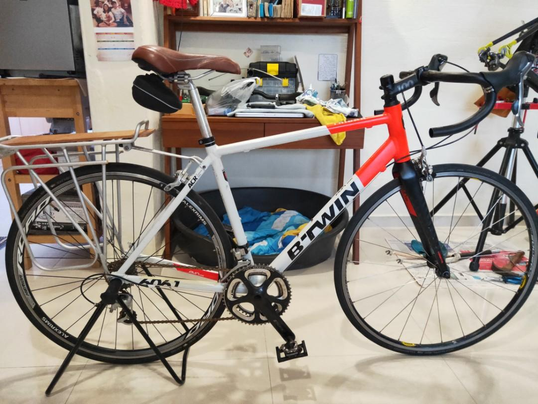 B-Twin Triban 520 size M, Bicycles & PMDs, Bicycles, Road